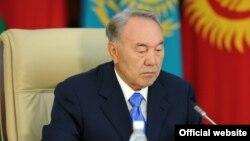 Қазақстан президенті Нұрсұлтан Назарбаев. Бішкек, 28 мамыр 2013 жыл.