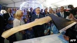 Владимир Путин во время открытия авиасалона МАКС-2015