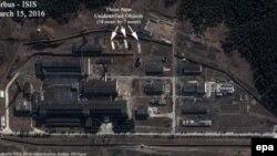 Imagine de satelit a Centrului Științific de Cercetări Nucleare de la Nyongbyon, în Coreea de Nord