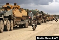 Турецкая военная колонна на севере провинции Идлиб. 9 февраля 2020 года