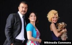 """""""Yahşi Cazibe"""" türk serialının qəhrəmanları"""