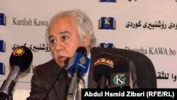 عبد الحسين شعبان يتحدث في الندوة