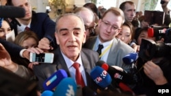 Kazakhstan - Spokesman for the Syrian opposition Yahya al-Aridi speaks to the media outside the venue for talks on the Syrian conflict, Astana, Kazakhstan, 24 January 2017