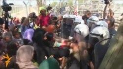 Мигрантите и Турција го губат трпението