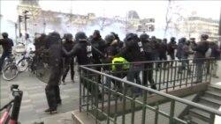 Протесты «желтых жилетов»: водометы и слезоточивый газ (видео)