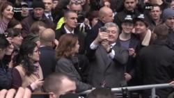 Зеленски не дојде на дебатата со Порошенко