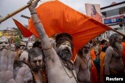 Naga Sadhus, sau oamenii sfinți hinduși
