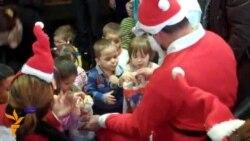 Sarajevo: Djed Mraz u Domu za nezbrinutu djecu