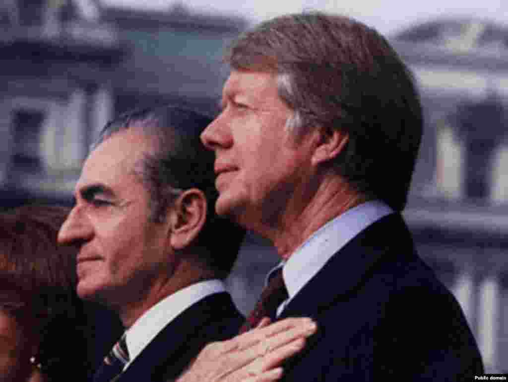 همراه جیمی کارتر، رئیسجمهوری پیشین آمریکا