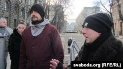 Мікіта Белякоў — зьлева