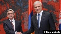 Встреча президентов Армении и Сербии Сержа Саргсяна (слева) и Бориса Тадича, Белград, 4 апреля 2011 г.