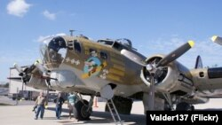 Американский бомбардировщик B-17