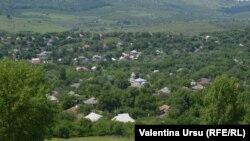 Vedere generală a satului Iurceni
