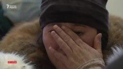 """""""Бес ай қолғапсыз тазаладық"""". Назарбаев әуежайының еден жуушылары жұмыс жағдайына наразы"""