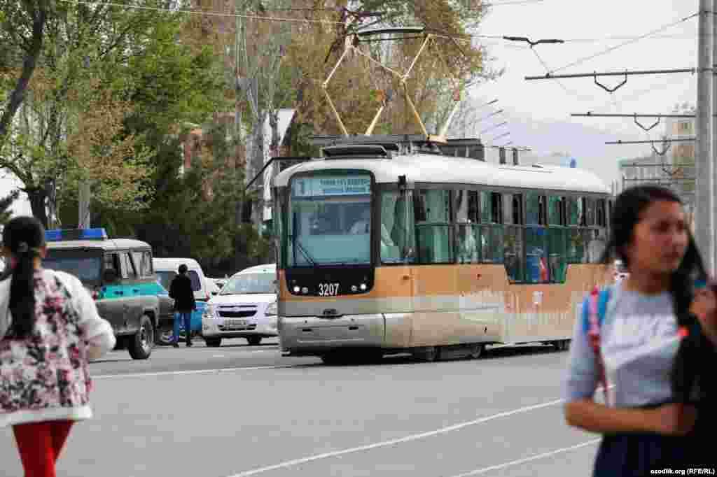 Церемония запуска трамвая по маршруту Железнодорожный вокзал – Сартепа в Самарканде состоялась 15 апреля. В ней участвовал президент Шавкат Мирзияев.