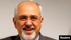 Могаммад Джавад Заріф після закінчення попереднього кола переговорів, Женева, 10 листопада 2013 року