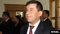 Маҳмадалӣ Ватанзода, котиби Шӯрои амнияти Тоҷикистон.