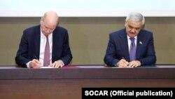 BP-nin baş icraçı direktoru Bob Dadli və SOCAR prezidenti Rövnəq Abdullayev