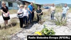 Bivši logoraši u Šljivovici, 24. juli 2013. foto: Novka Ilić
