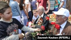 Казахстан: поздравления ветеранам по случаю Дня Победы (архивное фото)