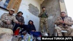 Ливия өкмөтүнүн жоокерлери. Триполи, 12-январь, 2020-жыл.