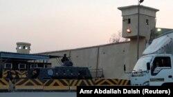 """Тюрьма строгого режима """"Тора"""" в Каире"""
