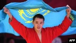 Казахстанский самбист Баглан Ибрагим после победы на Азиатских играх. Джакарта, 31 августа 2018 года.