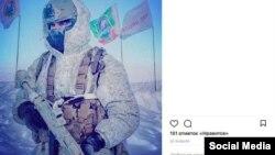"""Svalbardda Rusiyanın """"silahlı vətəndaşını"""" göstərən sosial media postlarından biri"""
