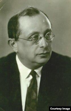 Профессор Лев Яковлевич Штрум, 1930-е годы