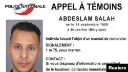 Policia franceze ka publikuar fotografinë e të dyshuarit kryesor për sulmet në Paris...