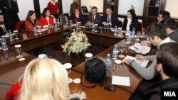 Средба на министерот за животна средина и просторно планирање Абдилаќим Адеми со претставници на невладини организации.