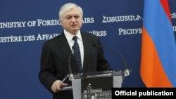 Министр иностранных дел АрменииЭдвард Налбандян(архив)