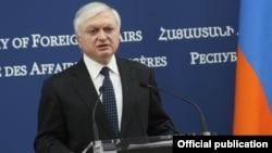 Министр иностранных дел Армении Эдуард Налбандян (архив)