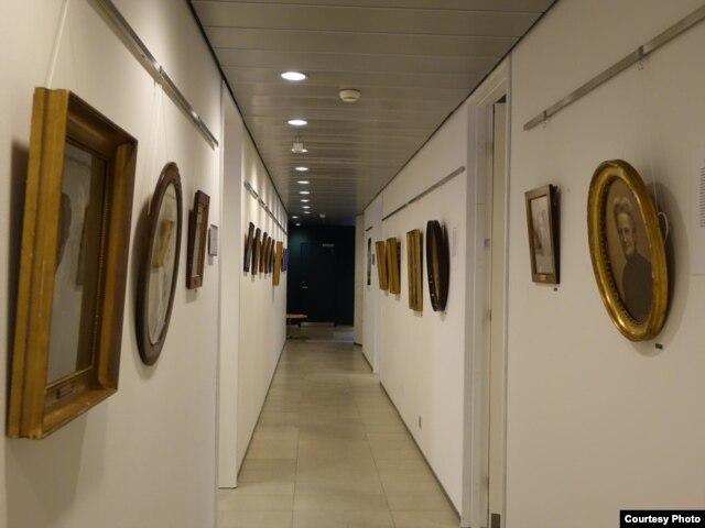Выставка в библиотеке KVINFO