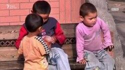 В китайских лагерях «сидят» и дети. Самому младшему – полтора года