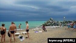 Пляж в Николаевке, иллюстрационное фото
