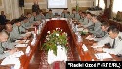 Тажикстан менен Өзбекстандын чек арачыларынын Хоженттеги жолугушуусу. 27-апрель, 2015-жыл