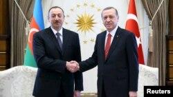 Ильхам Алиев и Реджеп Тайип Эрдоган. Архивное фото