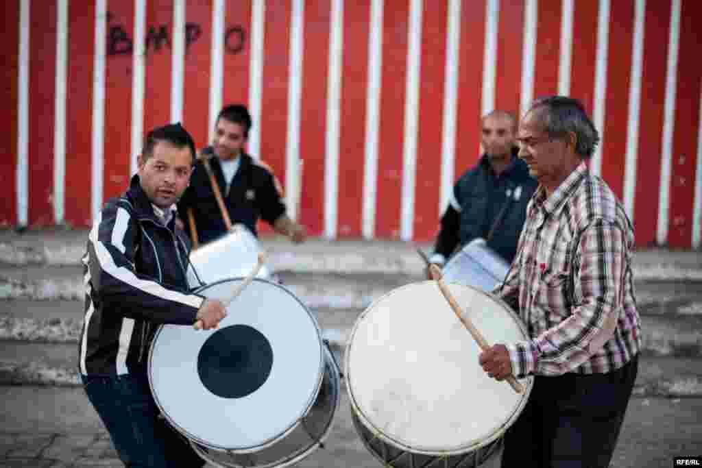 The Drummers Of Macedonia's Semka Band #23