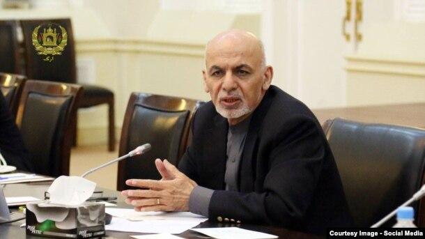 محمد اشرف غنی رئیس جمهور افغانستان در جریان سخنرانی در نشست کابینه