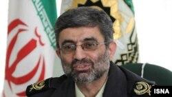 علی صادقی، فرمانده پلیس مهاجرت و گذرنامه ایران