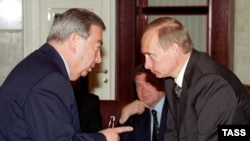 Primakov and Putin in May 2000