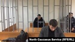 Керівник чеченського представництва «Меморіалу» Оюб Тітієв (за ґратами) у Верховному суді Чечні, Росія, 25 січня 2018 року