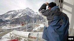 Камнем преткновения в борьбе вокруг проектов олимпийского строительства становится санно-бобслейная трасса