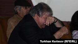 Ramiz Rövşən rejissor Vaqif İbrahimoğlu ilə vida mərasimində, 2011
