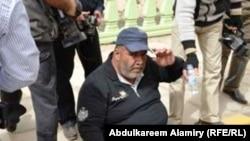 مراسل وكالة أسوشيتد برس نبيل الجوراني بعد تعرضه لإعتداء من قبل قوات الأمن في البصرة