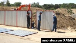 Aşgabat: Gurluşyklaryň 80%-i ýerli kärhanalara berler