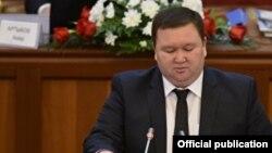 Мирлан Жээнчороев