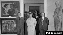 Открытие выставки нацистами в 1937 году