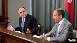 Азербеџанскиот министер за надворешни работи Елмар Мамадиаров и неговиот руски колега Сергеј Лавров